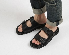 BLACK COW LEATHER RIPPLE SANDALS