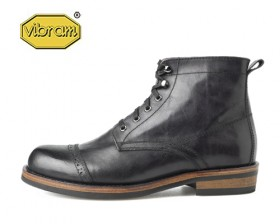 BLACK LEATHER CAP TOE BOOTS