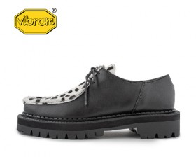 BLACK OVER SOLE TYROLEAN SHOES